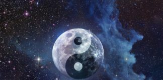 Tonight Libra Supermoon And Vernal Equinox Join Forces: Expect A Wave Of Powerful Energies