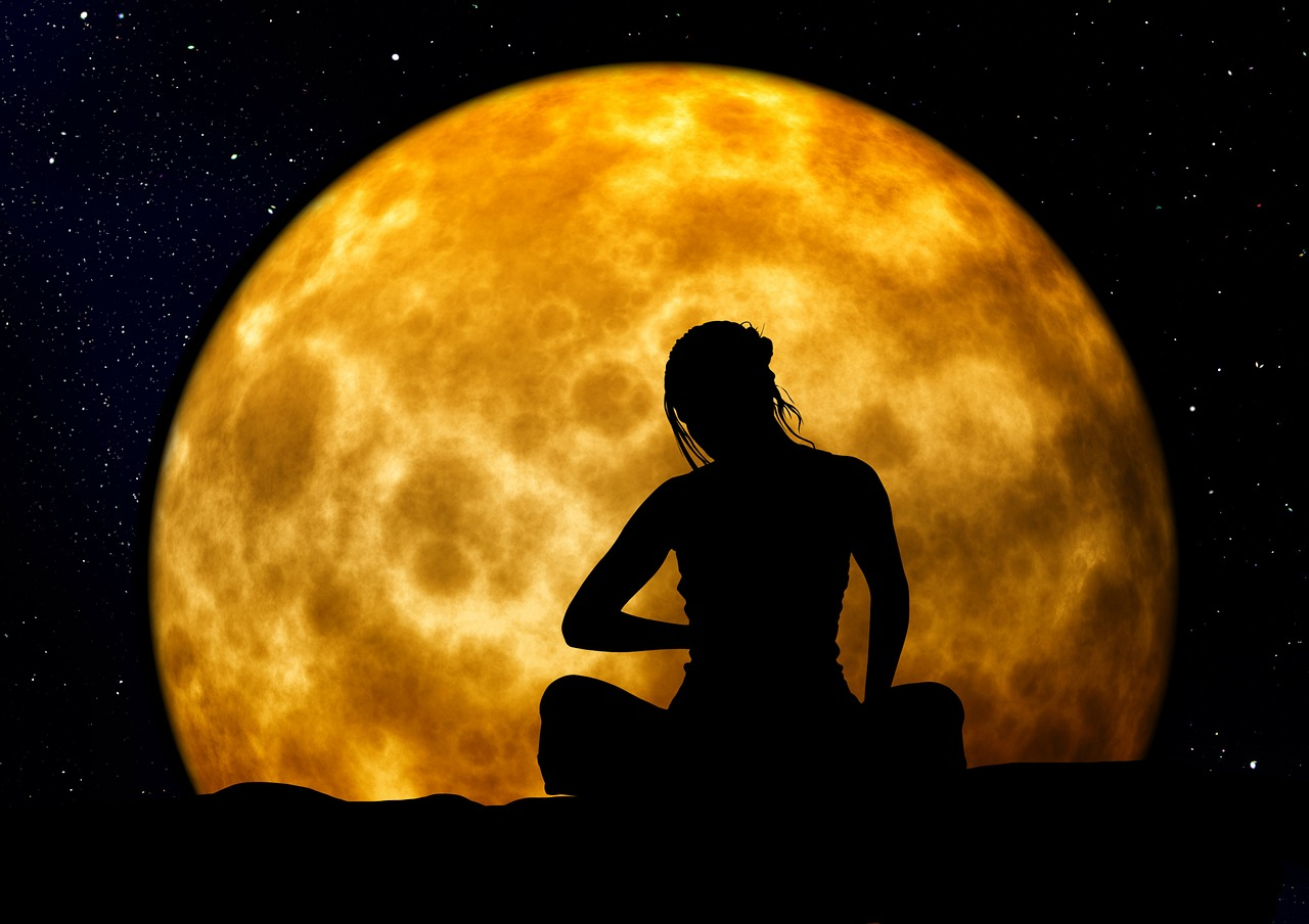 The Effect Of A Lunar Eclipse On Your Mind, Body, And Soul