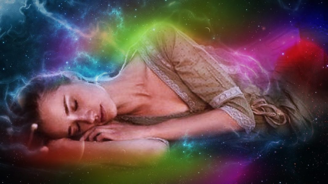 3 Powerful Crystals For Lucid Dreaming
