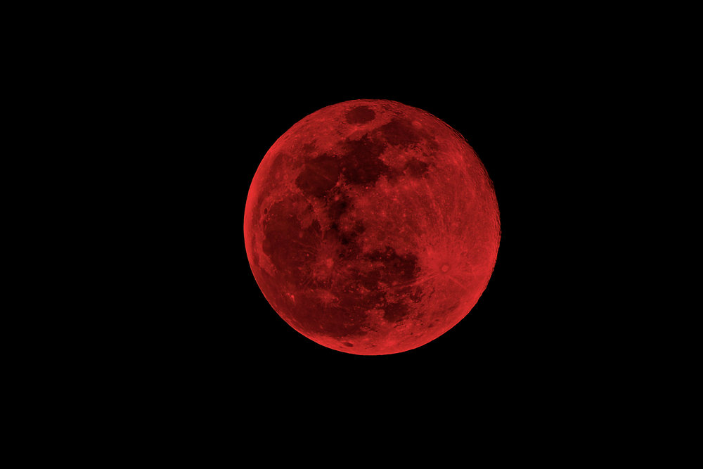 Try A Cleansing Ritual And Use The Powers Of The Aquarius Blood Moon