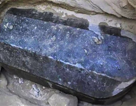 An Unidentified Black Sarcophagus Found In Egypt Has Everyone Confused