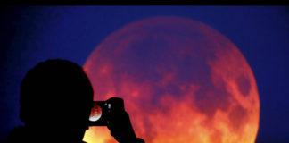 Will This Week's Blood Moon Lunar Eclipse Have A Major Effect On Your Life?