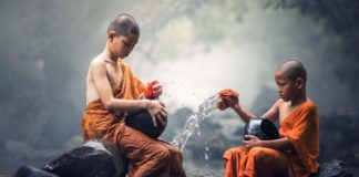 These 5 Buddhist Monk Habits Can Change Your Life Forever