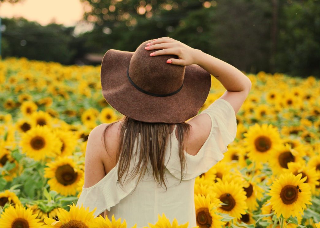 Woman Records Incredible Sunflower Voice, And It Sounds Out Of This World