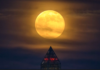 This October 24th The Full Moon Will Bring Big Changes To All Zodiac Signs
