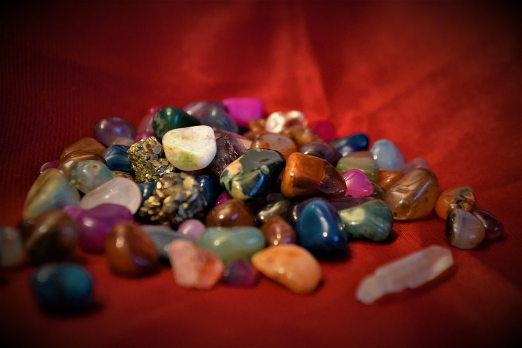 6 Easy Magical Ways To Keep Your Crystals Clean & Strong