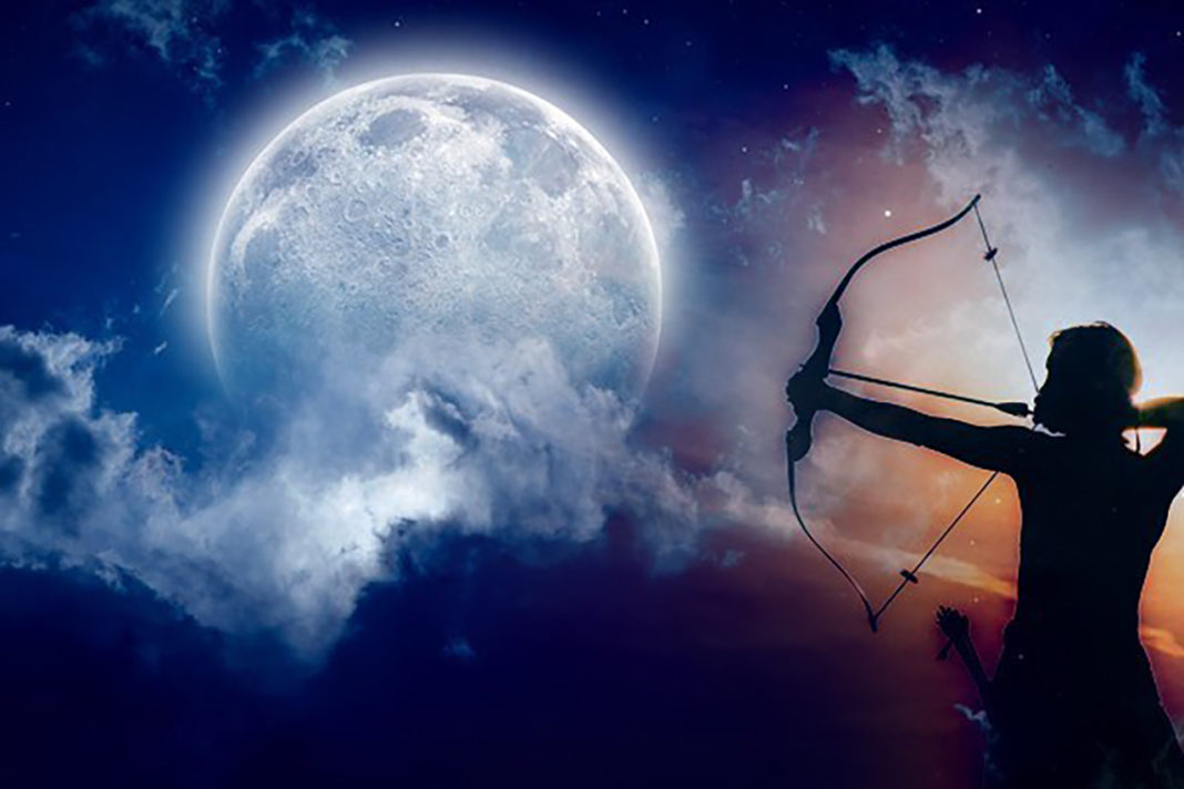 The June 2019 Full Moon Will Have The Biggest Influence On These 4 Zodiac Signs