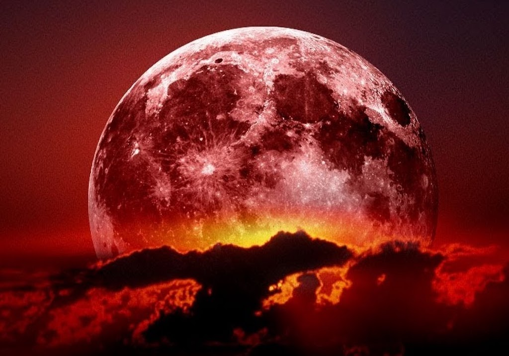 Intense Energy Shift Due To New Super Moon — Get Ready For Fresh Beginnings!