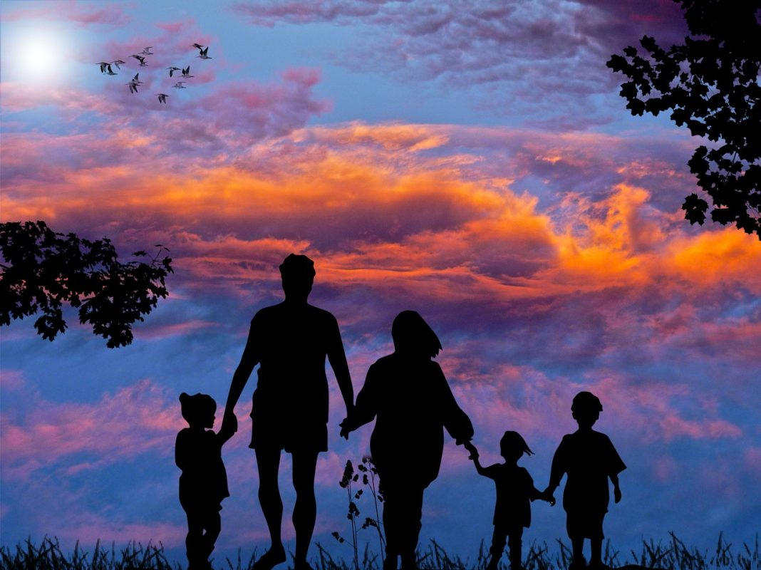 7 Things To Do To Reinforce The Relationships In Your Family