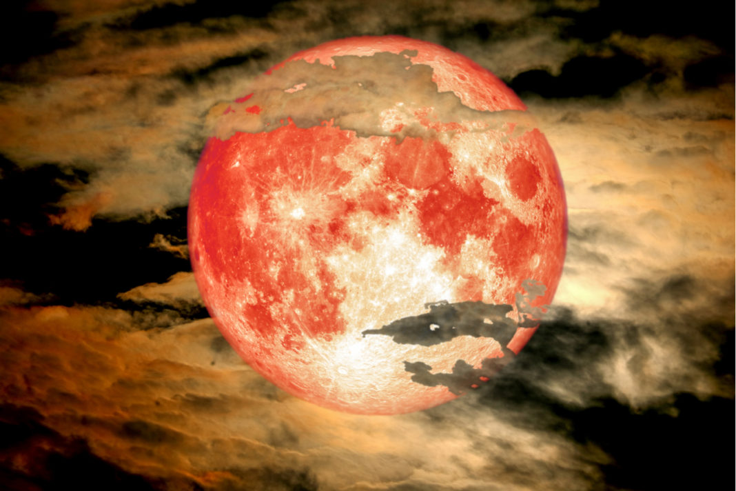 Sagittarius Full Moon Rising June 17th: Trust In The Ways Of The Universe