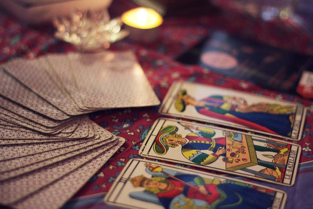 10 Things You Didn't Know About Tarot Cards & Reading