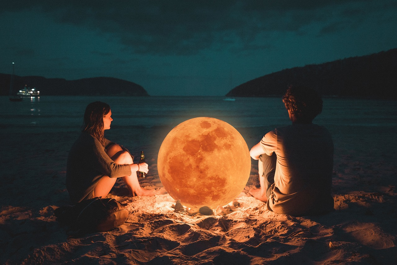 August 2019 Astrology: Aquarius Full Moon & Virgo New Moon