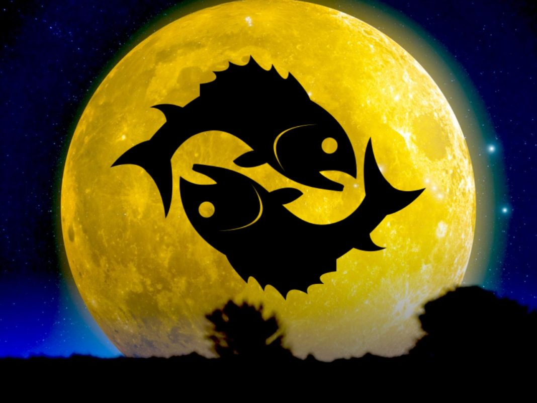 Harvest Full Moon Rising In Pisces Sept 13/14: Get Ready For The Powerful Energies Of Metamorphosis & Growth