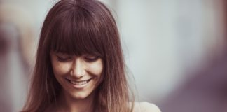 6 Ways To Bring Happiness Into Your Life